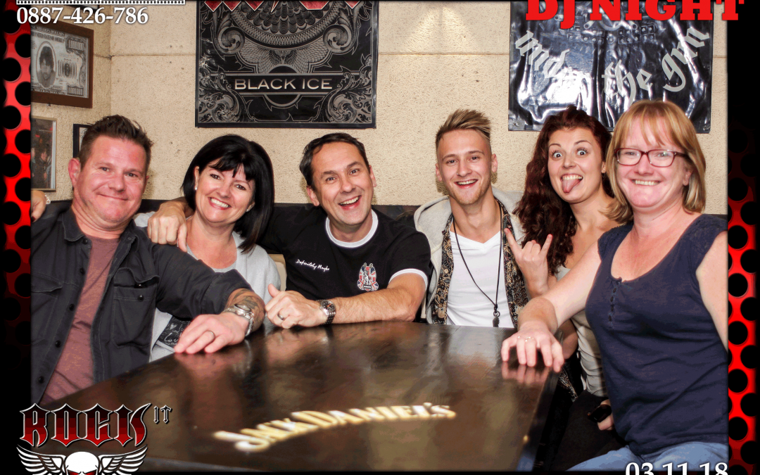Подаръци за гости – Магнитни снимки от RockIT – 03.11.18